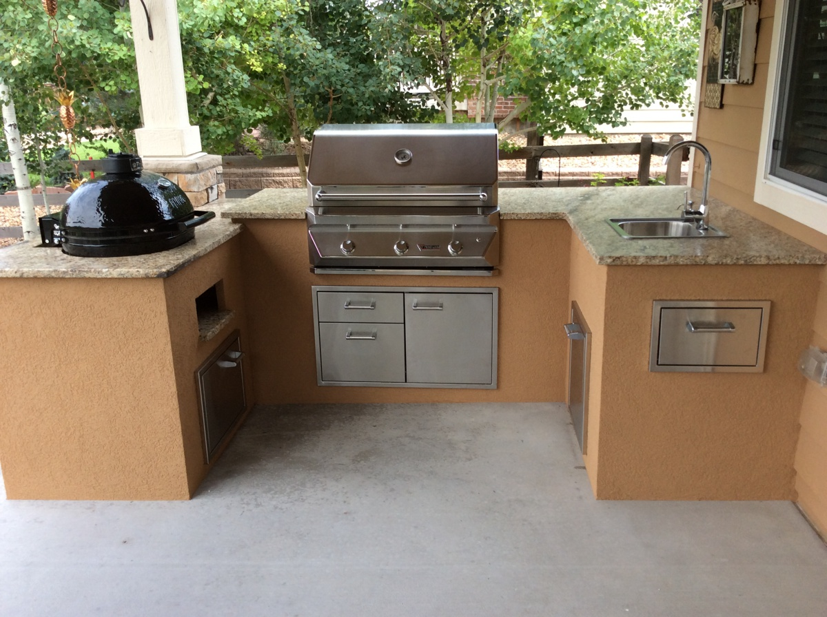customer outdoor kitchen