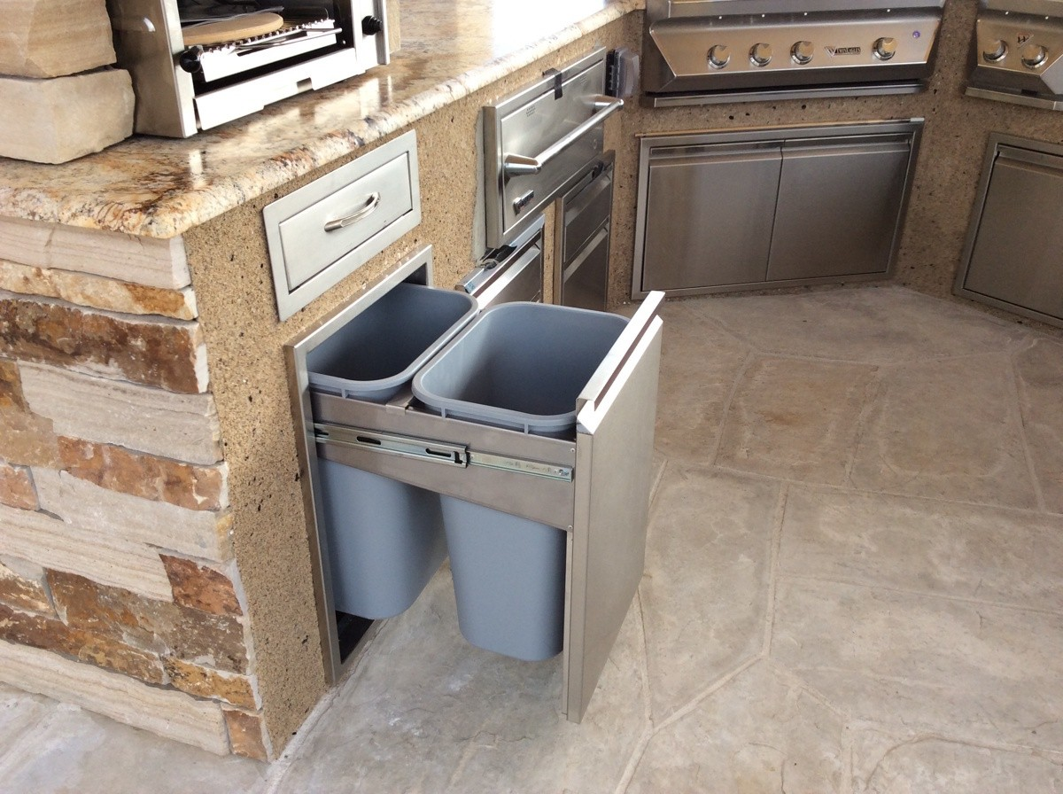 Outdoor kitchens hi tech appliance for High tech kitchen appliances