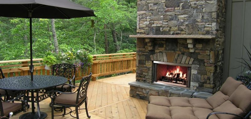 Basic Outdoor Wood Fireplace Maintenance,