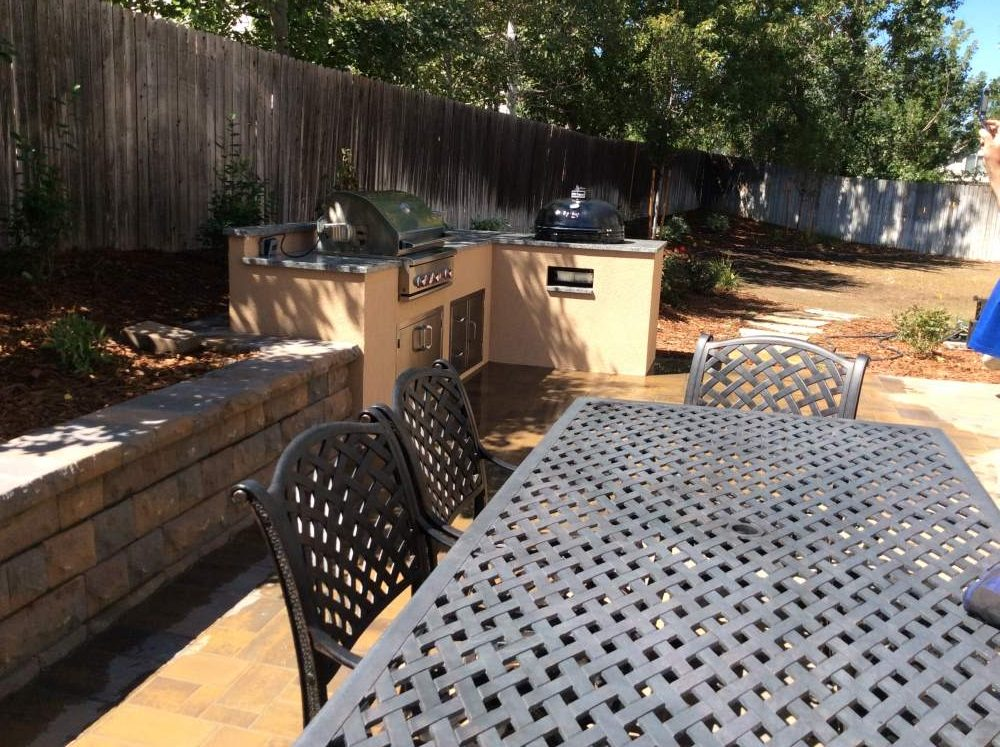 affordable-outdoor-kitchen-in-englewood006 – Hi-Tech Appliance