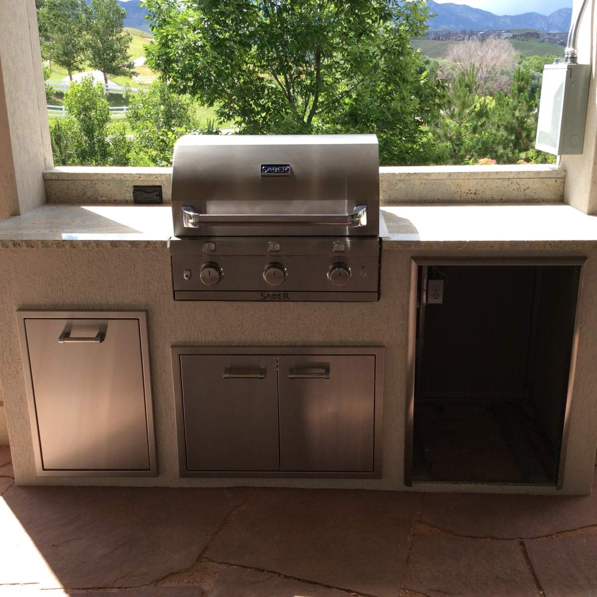 Outdoor Kitchens Jacksonville: Hi-Tech Appliance