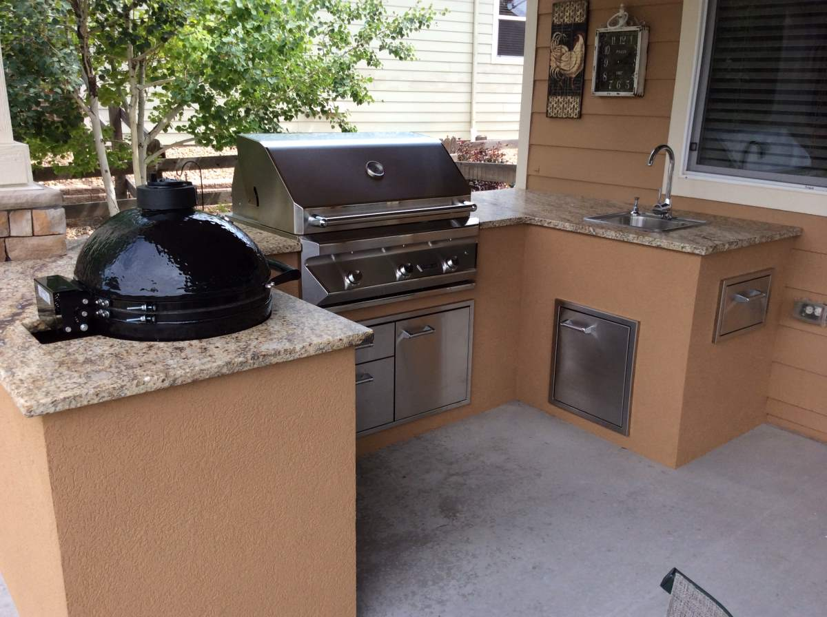 Outdoor Kitchens  HiTech Appliance - Outdoor kitchen designs with smoker