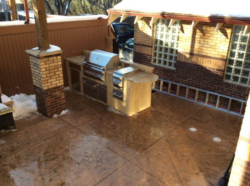 get to know the different outdoor kitchen floor options | hi-tech