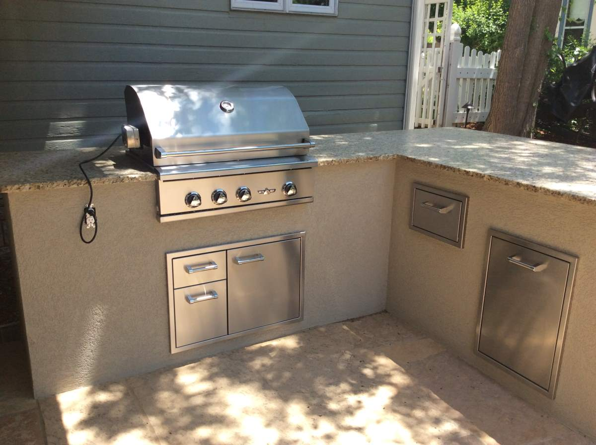 Outdoor Kitchen Located In Louisville Co Hi Tech Appliance