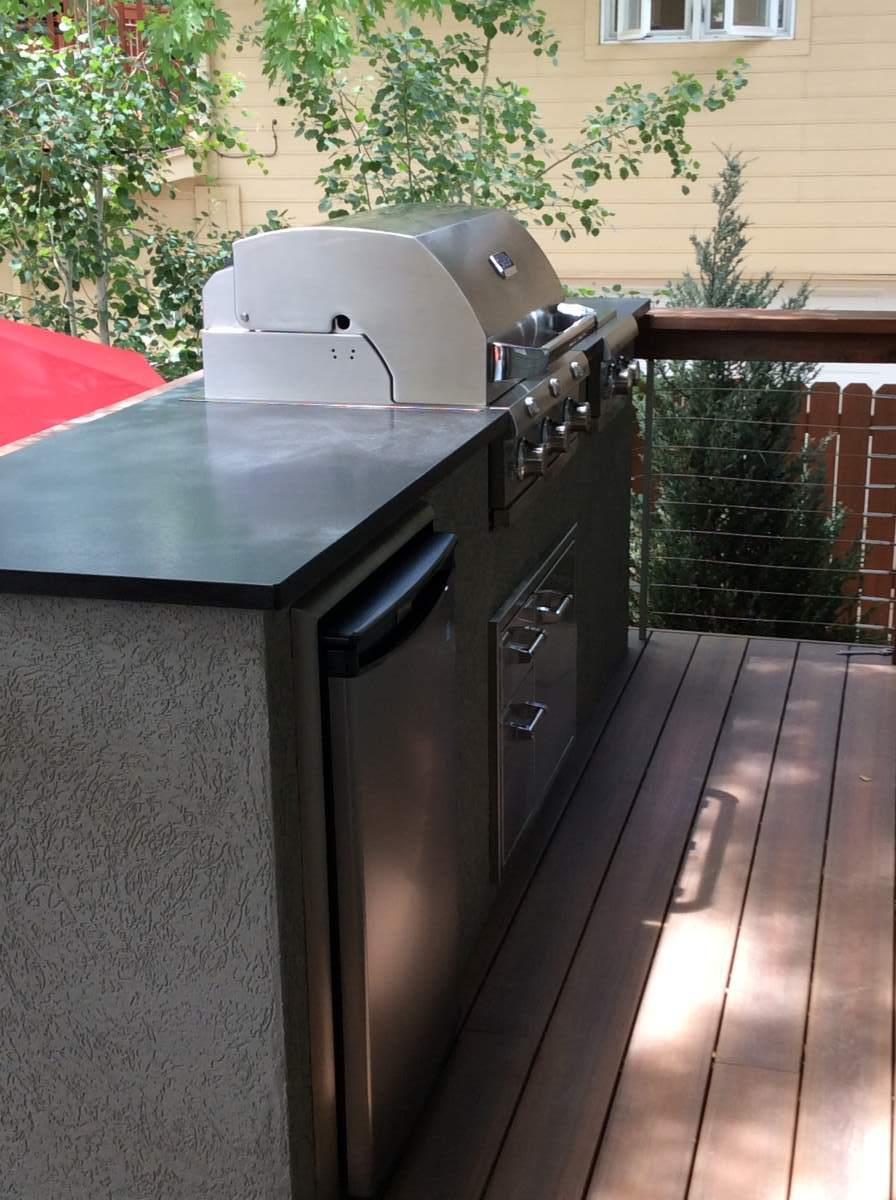 Outdoor Kitchens Made To Fit Tight Space Hi Tech Appliance